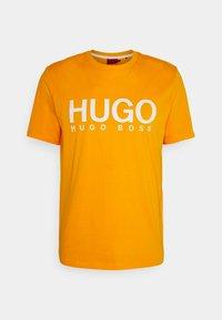 HUGO - DOLIVE - Print T-shirt - bright orange - 0