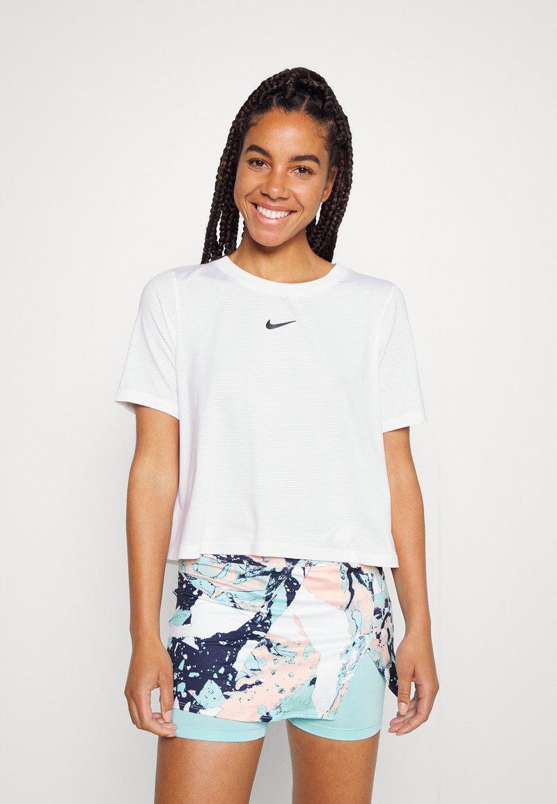Nike Performance - Basic T-shirt - white/black