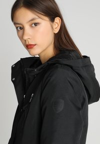 Vero Moda - VMTRACK EXPEDITION - Winter coat - black - 4