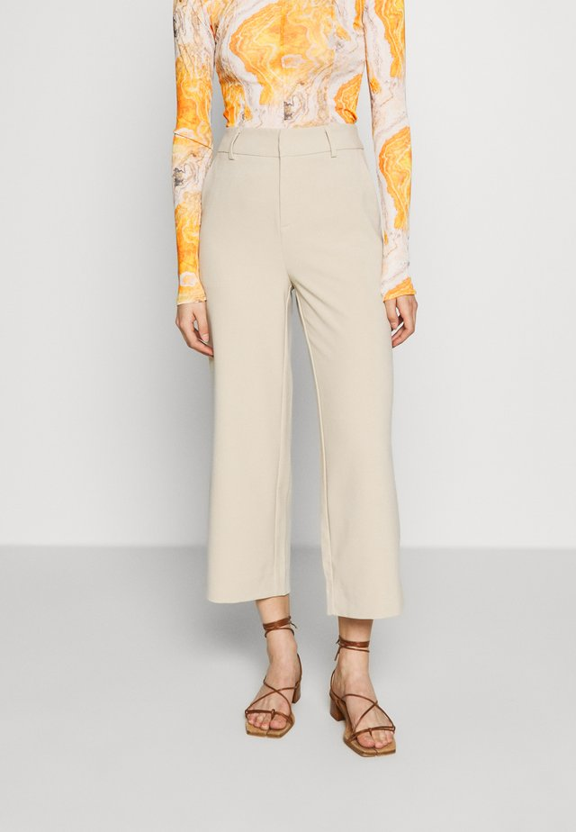 JOELLE CULOTTE - Trousers - safari