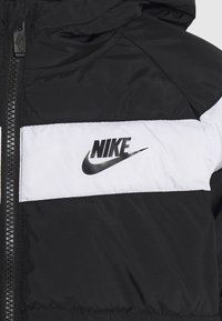 Nike Sportswear - FILLED JACKET - Vinterjakke - black - 3