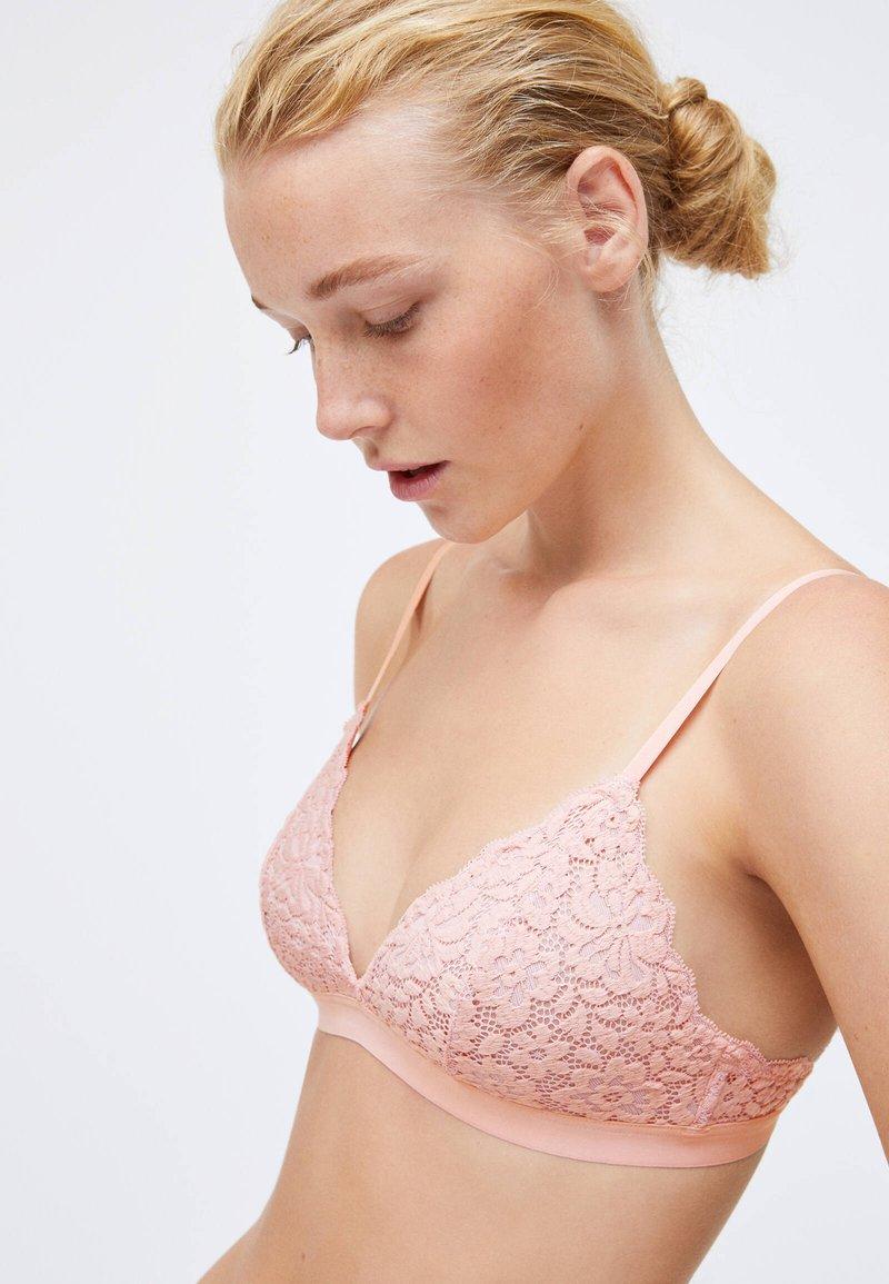 OYSHO - FLORAL  - Triangle bra - rose