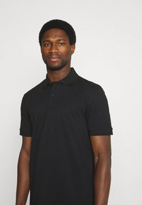 Selected Homme - SLHNEO - Polo shirt - black - 4
