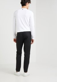 Won Hundred - CLAVIN - Trousers - black - 2