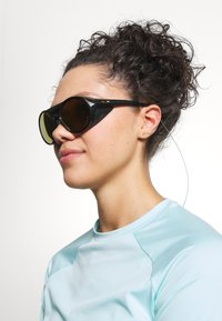 Oakley - CLIFDEN - Sonnenbrille - black - 5