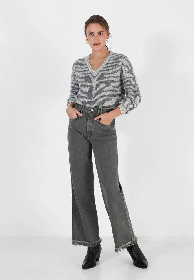 GABINY  - Jeans a zampa - dark grey