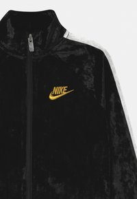 Nike Sportswear - CRUSHED TRACK SET - Tracksuit - black - 3