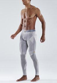 Skins - Leggings - grey geo - 3