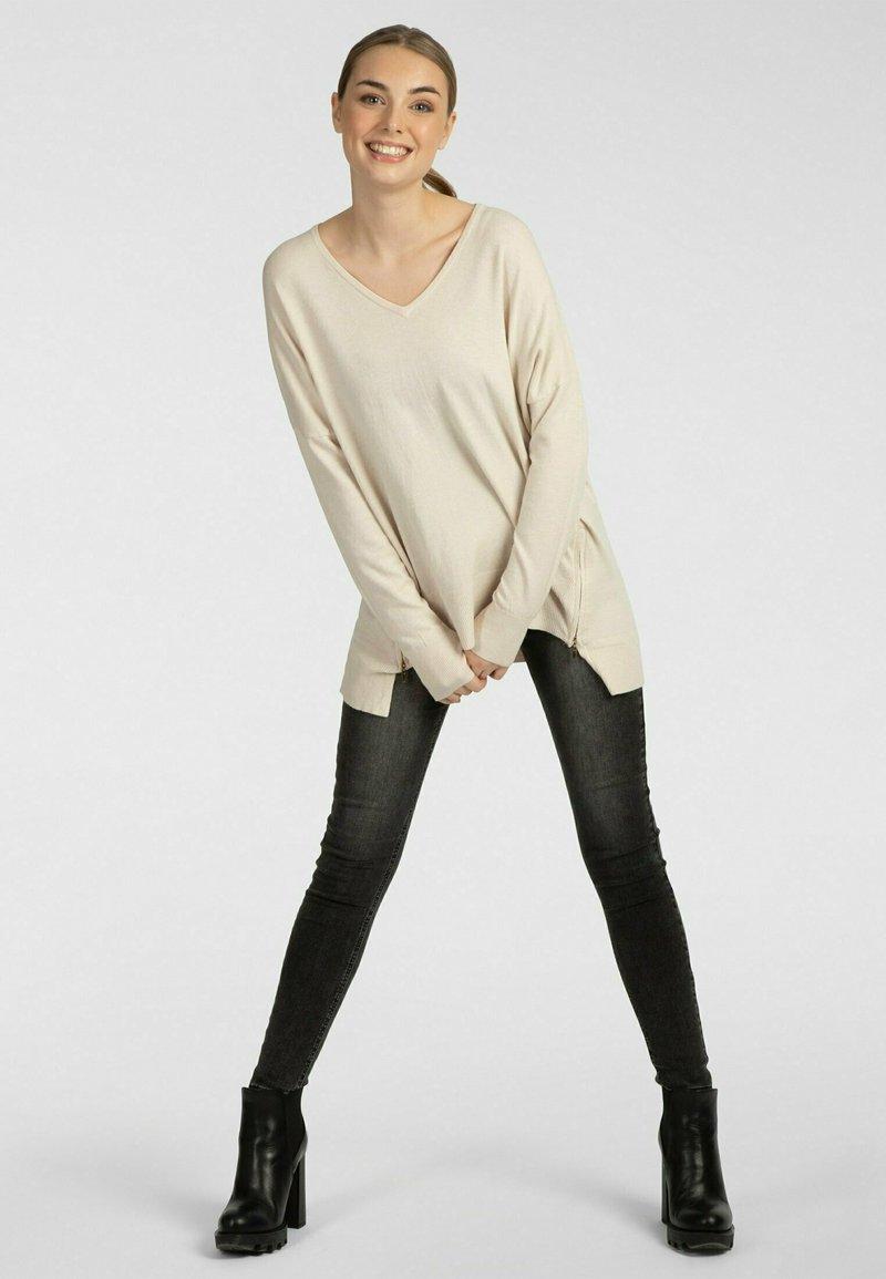 Apart - Pullover - beige