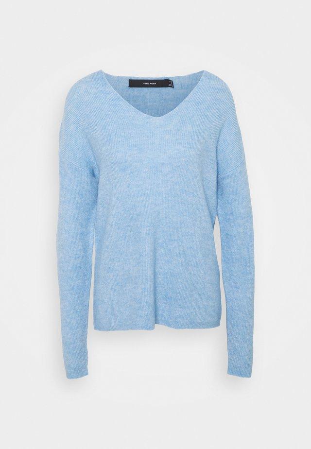 VMCREWLEFILE VNECK - Sweter - placid blue