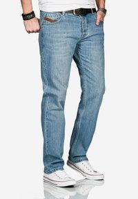 Alessandro Salvarini - Straight leg jeans - hellblau - 2