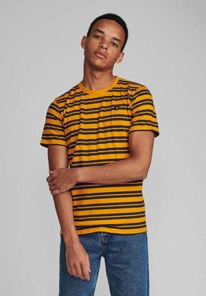 AKROD - Basic T-shirt - sunflower