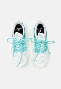 Salomon - PREDICT MOD  - Neutrální běžecké boty - white/tanager turquoise - 3