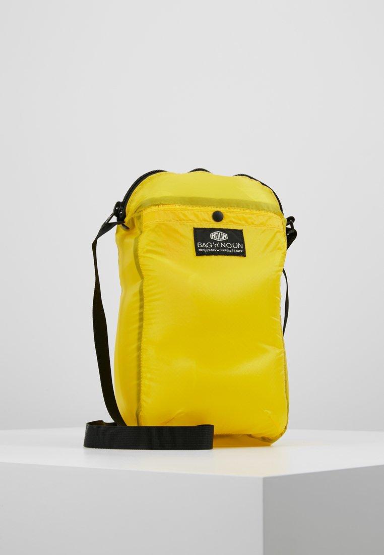 Bag N Noun - CAMP POCHETTE HALF - Across body bag - yellow