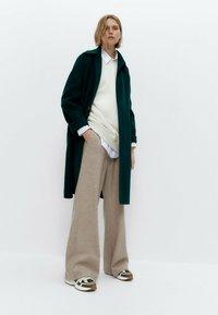 Uterqüe - Classic coat - green - 1