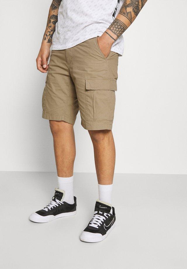 AVIATION COLUMBIA - Shorts - sand