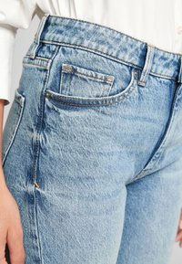 s.Oliver - REGULAR - Straight leg jeans - blue - 3