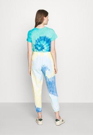 TDYE PO PANT ANKLE ATHLETIC - Pantaloni sportivi - multi-coloured