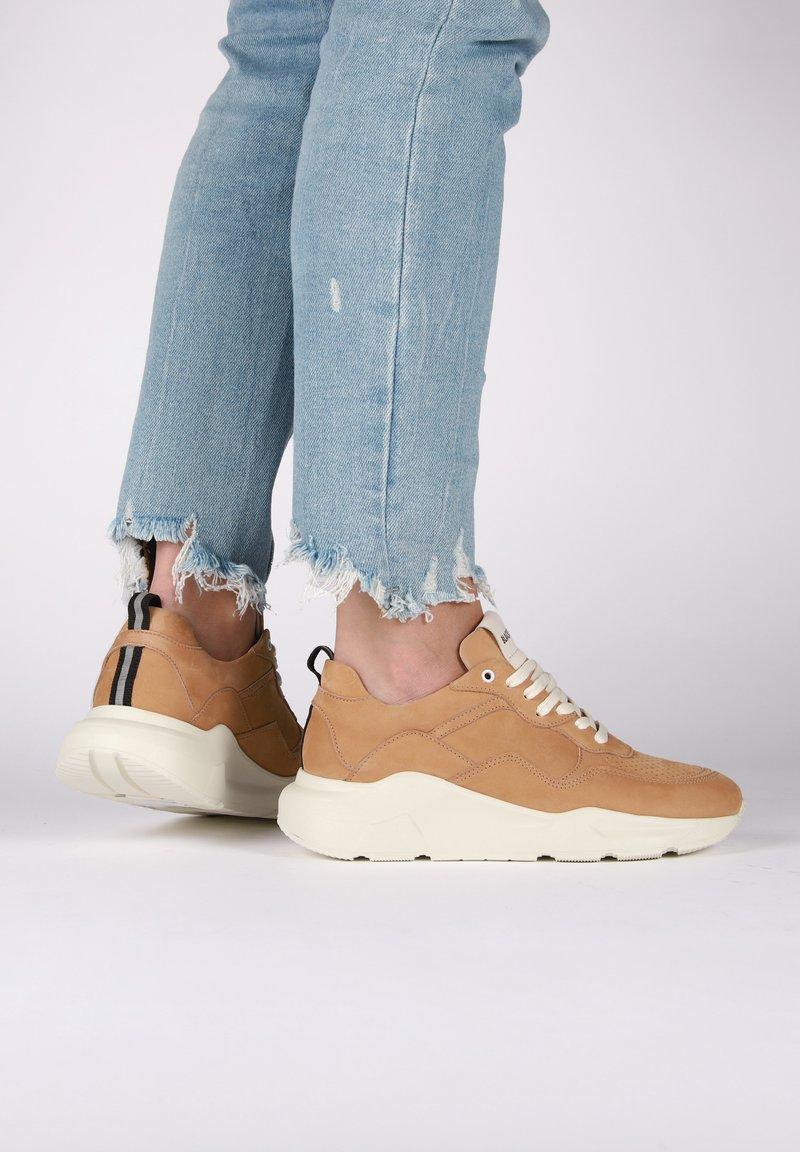 Blackstone - Sneakers - brown