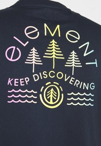 Element - WYNTREE - Print T-shirt - eclipse navy - 2