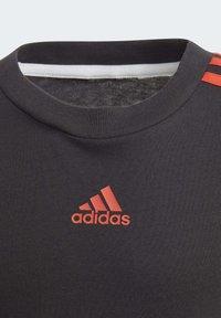 adidas Performance - BOLD T-SHIRT - Camiseta estampada - black - 3