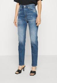 Diesel - D-EISELLE - Slim fit jeans - indigo - 0