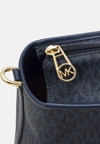 MICHAEL Michael Kors - BECK TOTE - Handbag - blue - 5