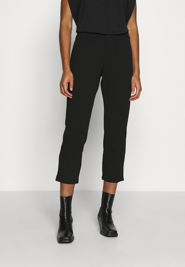 TAPERED CROPPED TROUSERS - Pantaloni - black