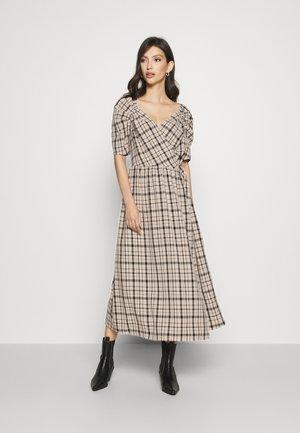 YASEBRU DRESS - Denní šaty - creme