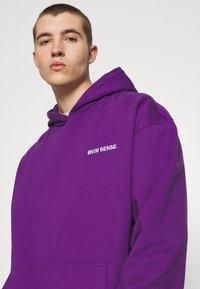 9N1M SENSE - LOGO HOODIE UNISEX - Collegepaita - purple - 3