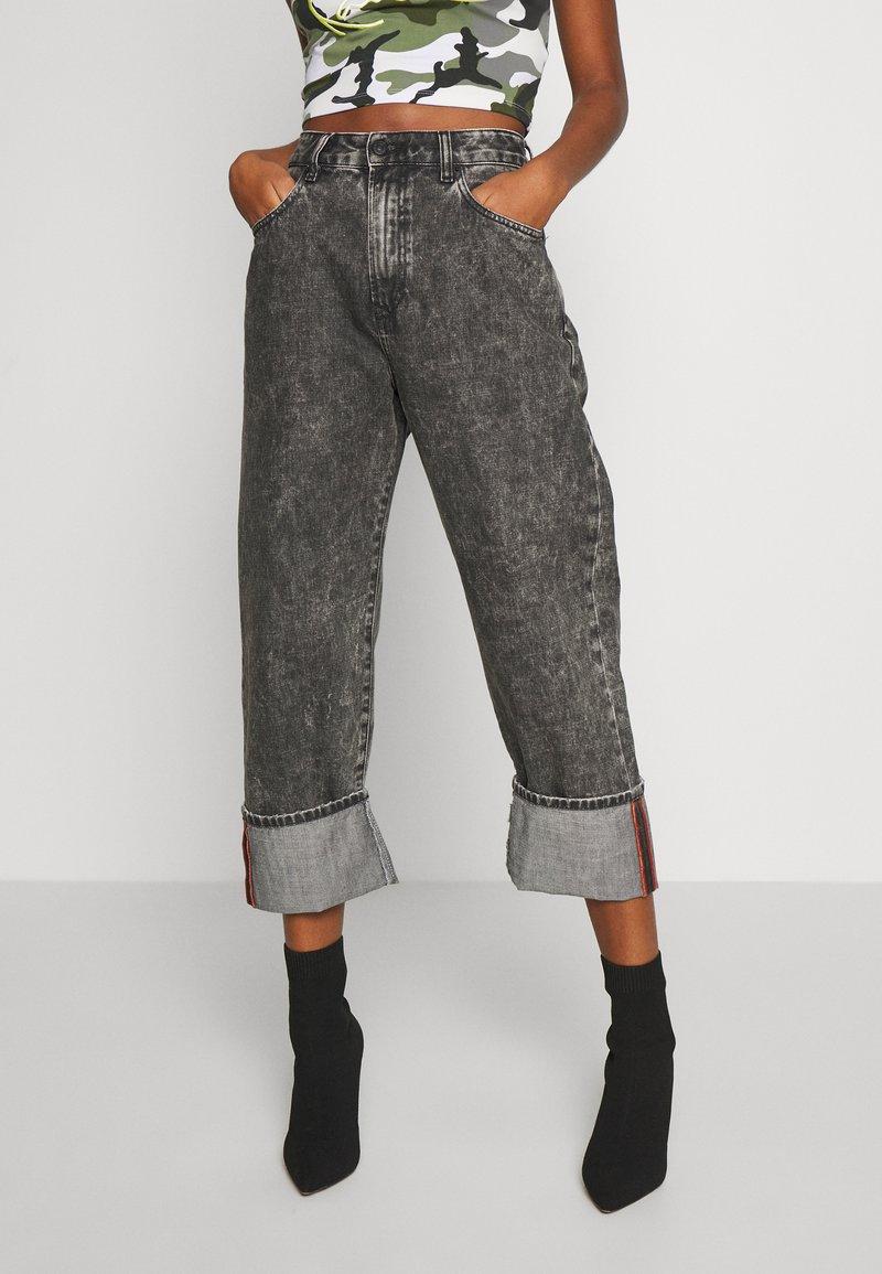 Diesel - D-REGGY - Relaxed fit jeans - black