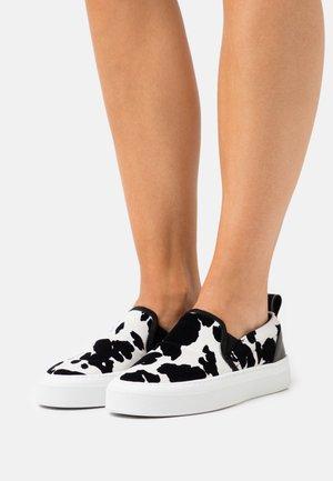 LOAFER - Nazouvací boty - white/black