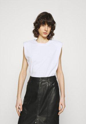 BEIJING  - Basic T-shirt - white