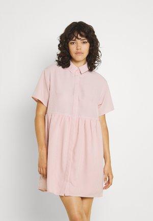 SMOCK DRESS - Košilové šaty - pink