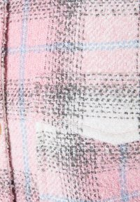 Missguided Petite - OVERSIZED CHECK SHACKET - Short coat - pink - 2