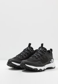 The North Face - W ULTRA FASTPACK IV FUTURELIGHT - Outdoorschoenen - black/white - 6