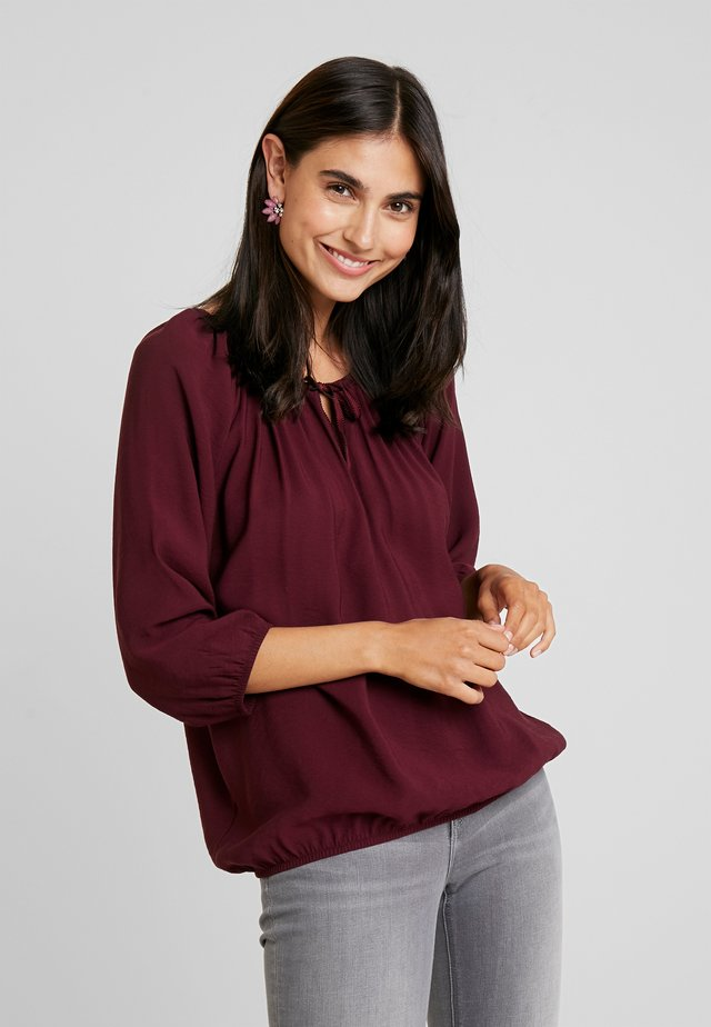 Blouse - purple red