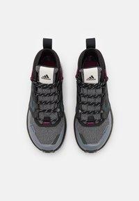 adidas Performance - TERREX TRAILMAKER MID GORE-TEX - Hiking shoes - metal grey/core black/power berry - 3