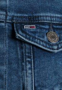 Tommy Jeans - VIVIANNE SLIM DENIM TRUCKER NMBS - Denim jacket - blue denim - 2