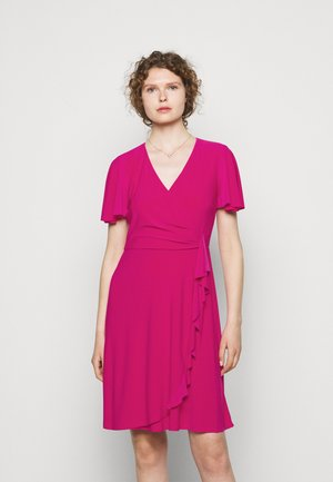 MID WEIGHT DRESS - Jersey dress - aruba pink