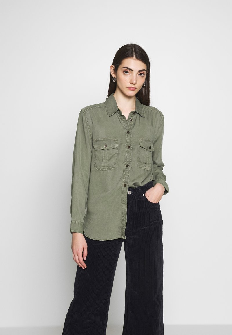 American Eagle - CORE MILITARY - Button-down blouse - oliv