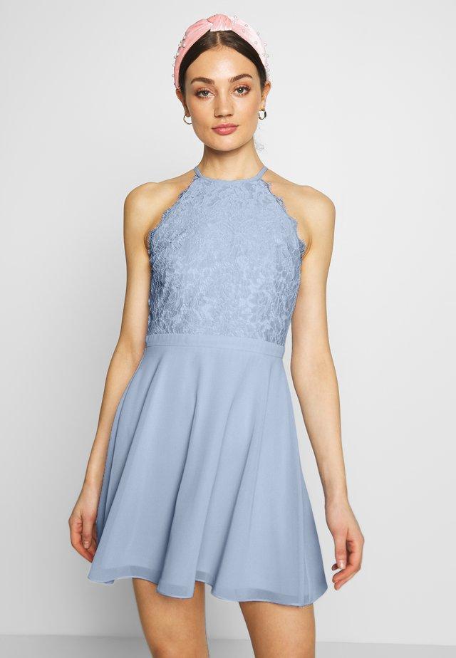 ADORABLE SPORTSCUT DRESS - Vapaa-ajan mekko - light blue