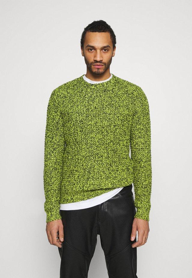 UNISEX - Stickad tröja - neon green