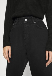 NA-KD - MOM - Jeans Tapered Fit - black - 3