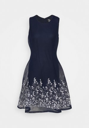 EMBROIDERED FIT AND FLARE - Pouzdrové šaty - midnight/ivory