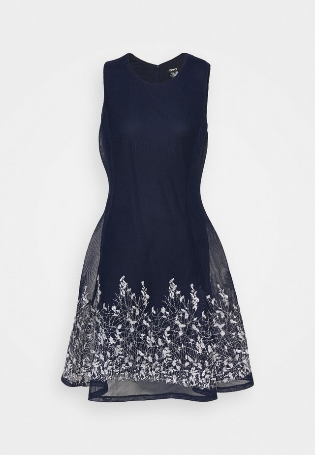 EMBROIDERED FIT AND FLARE - Etuikjole - midnight/ivory