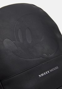 Kidzroom - BACKPACK MICKEY MOUSE MOST WANTED ICON - Ryggsekk - black - 4
