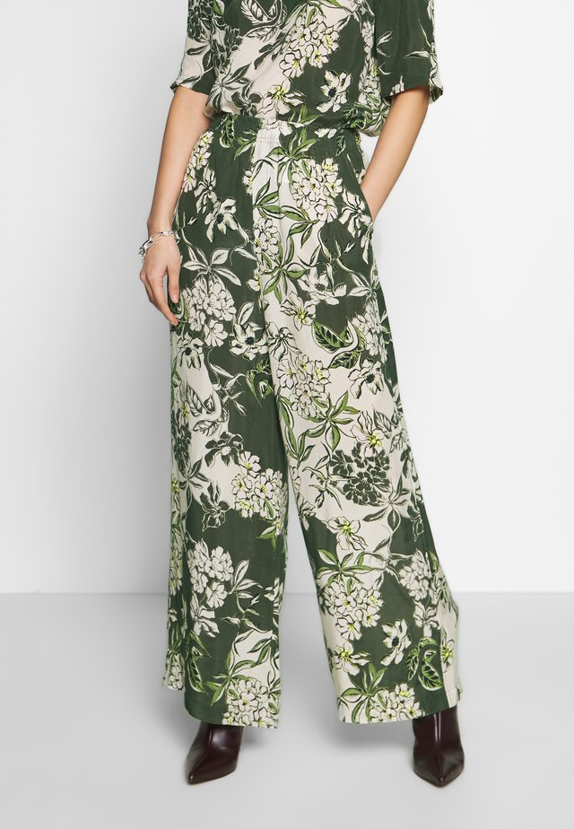 EXTRA WIDE LEG MEDIUM RISE PRINTED - Pantalon classique - multi