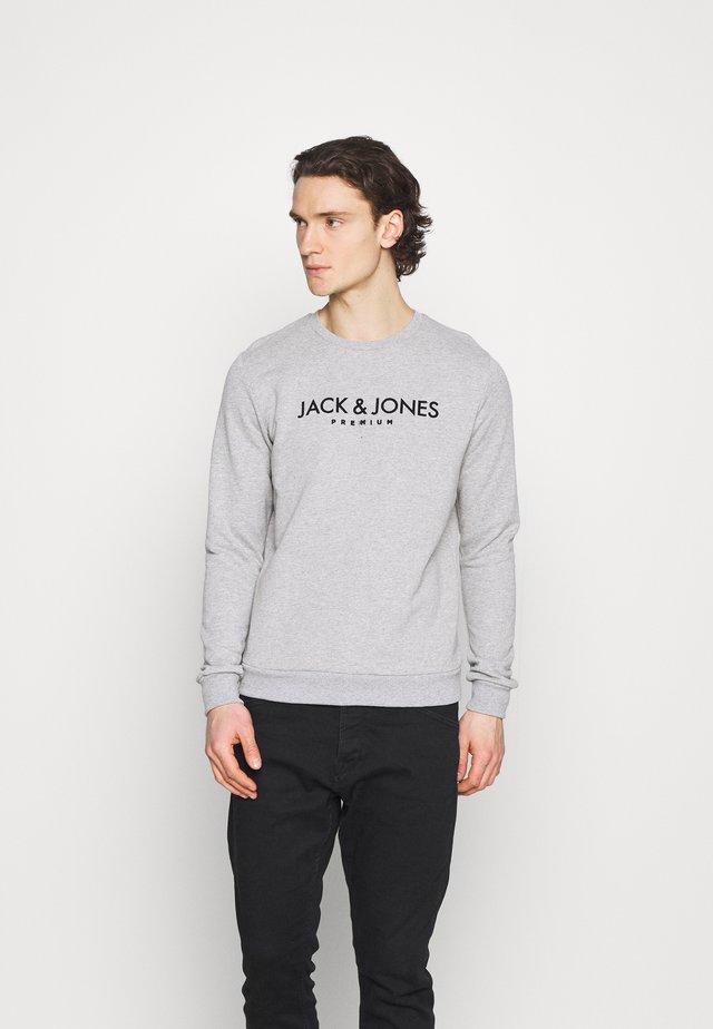 JPRBLAJAKE CREW NECK - Sweater - cool grey