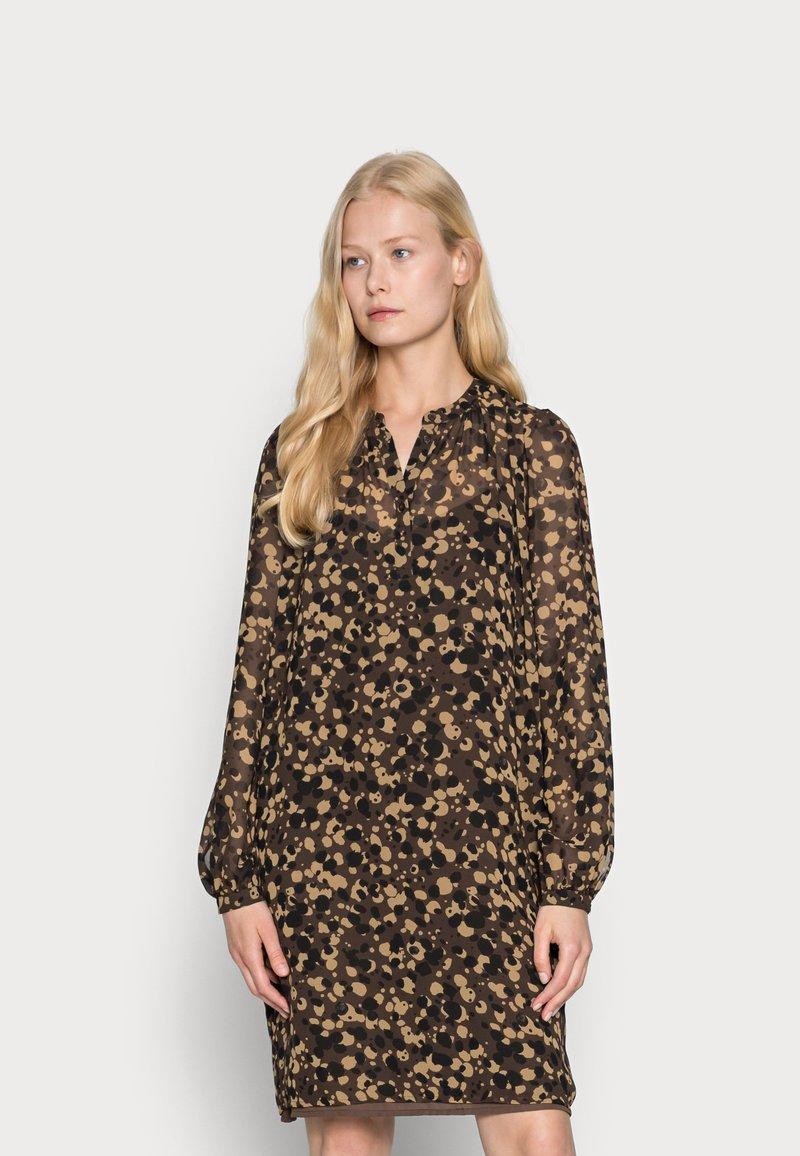 Esprit Collection - DRESSES LIGHT WOVEN - Abito a camicia - dark brown
